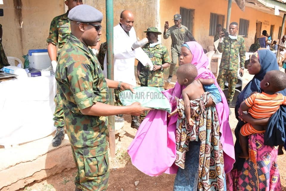 NAF PROVIDES MEDICAL SUCCOUR TO 3 COMMUNITIES ATTACKED BY BANDITS IN KADUNA STATE